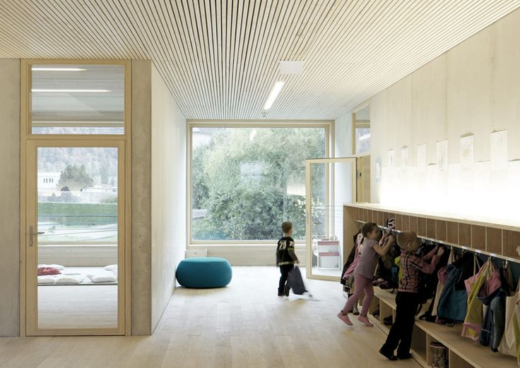 Kindergarten Susi Weigel / Bernardo Bader Architects - Cubbies and coat hanging area