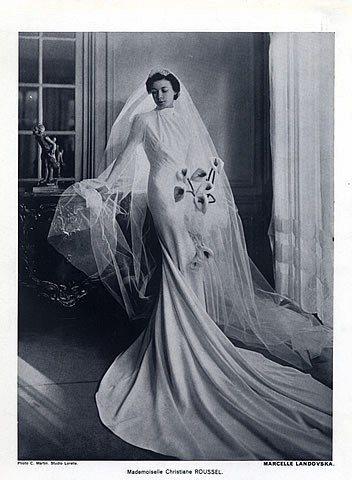Stunning Sweeping Wedding Dress - Marcelle Landovska 1940 Wedding Dress, Fashion Photography C.Martin