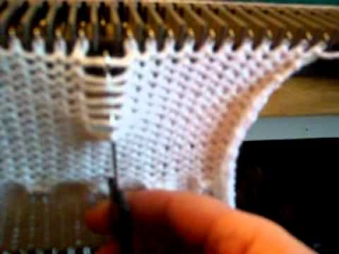 Olá... acabei de postar - Machine knitting ~ Butterfly stitch-Elgin KX350-Lanofix LK150-Receita de Tricô Máquina Lã Grossa