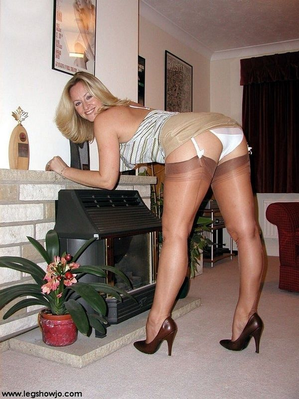 Work Matures And Pantyhose Naughty