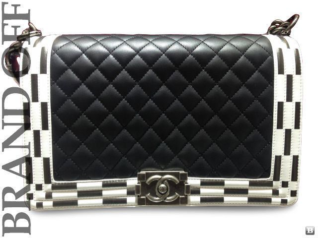 100% Auth New Chanel Black White Stripes Leather Boy Chanel Shoulder Bag #194*** #CHANEL #ShoulderBag