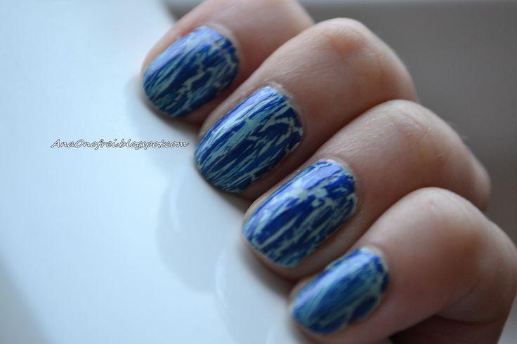 http://anaonofrei.blogspot.ro/2014/02/todays-nails-crack.html