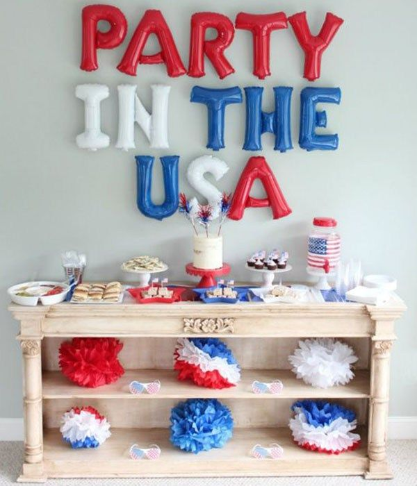 Love this 4th of July party!- See 10 of our favorite 4th of July Parties on B. Lovely Events!