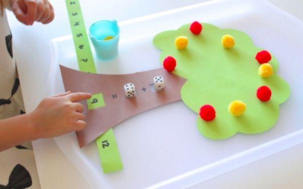 Μαθηματικά . .  με ένα δεντράκι! (Παίζω και μαθαίνω πρόσθεση και αφαίρεση! )