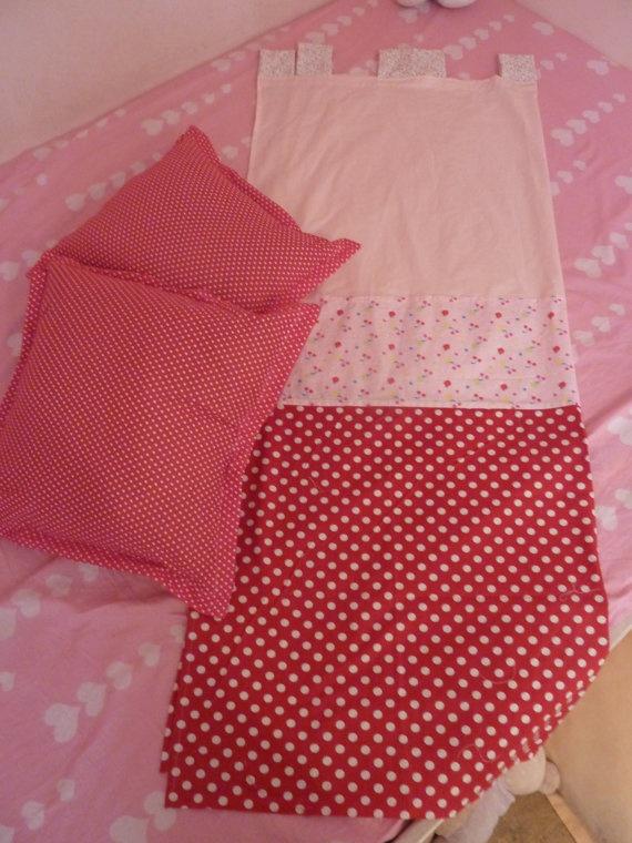 cherry curtain and 2 pillows set par TAMAKA sur Etsy, $76,00