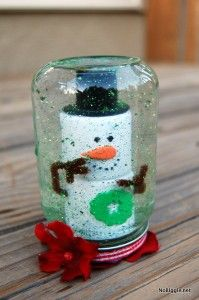 Here's a sweet little kid craft to use up any empty glass baby food jars you might have around.