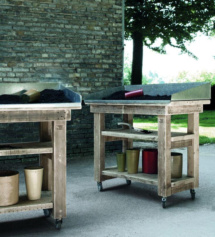 Bauholz design arbeitstisch mit zinkauflage outdoor for Designer arbeitstisch