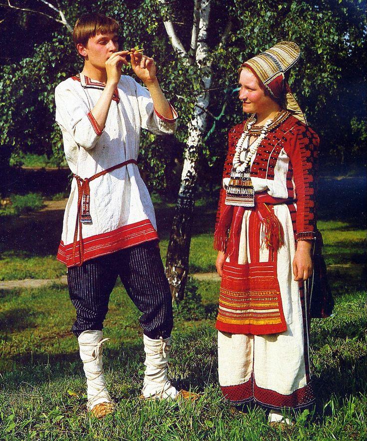 Mordovia : Erzya Costume