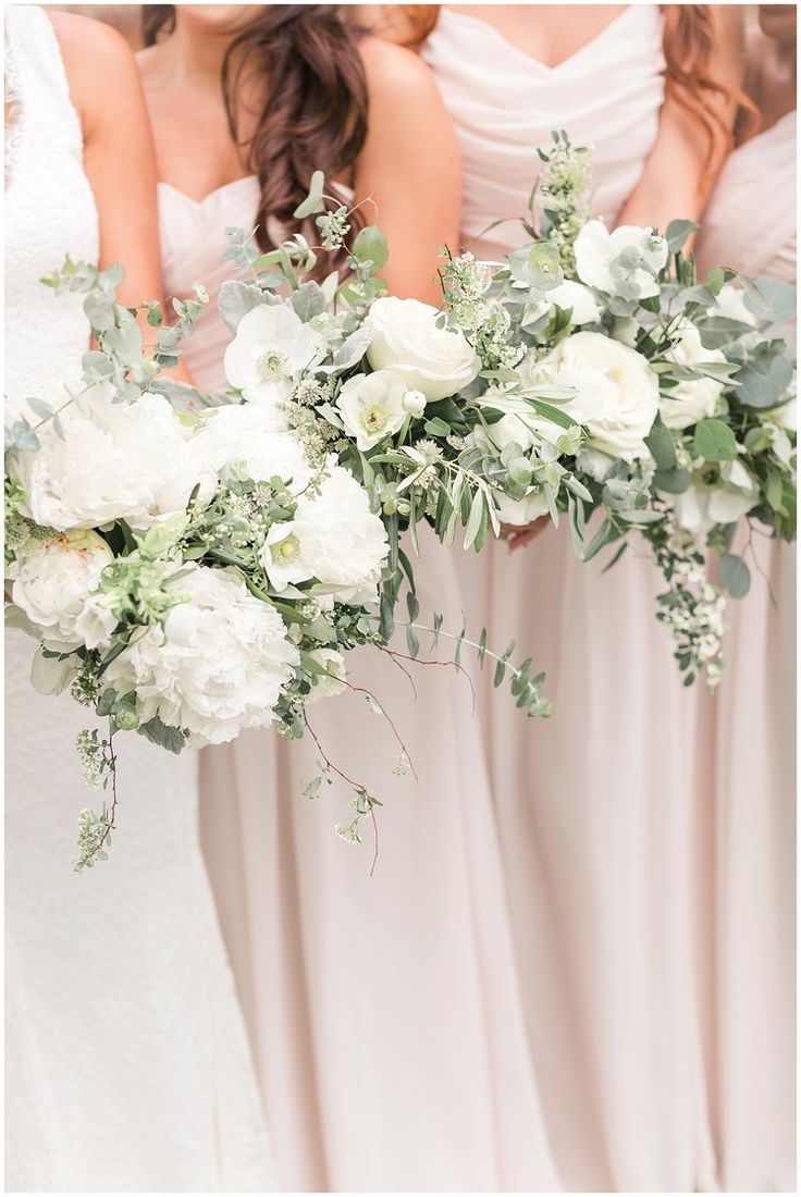White Gold Green and Champagne Pantone Spring Wedding with Greenery Flowers