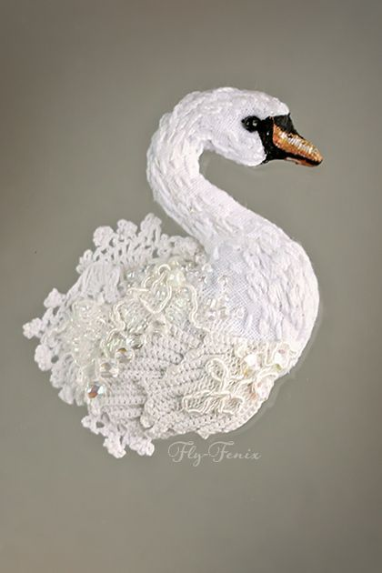 Броши ручной работы. Ярмарка Мастеров - ручная работа миниатюрная брошь - Лебедь белая. Handmade.