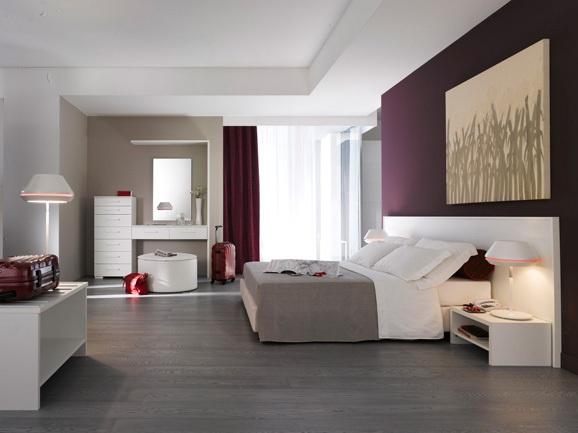 Camera da letto moderna. Modern bedroom. Composizione camera moderna per arredamento hotel in finitura bianco opaco.