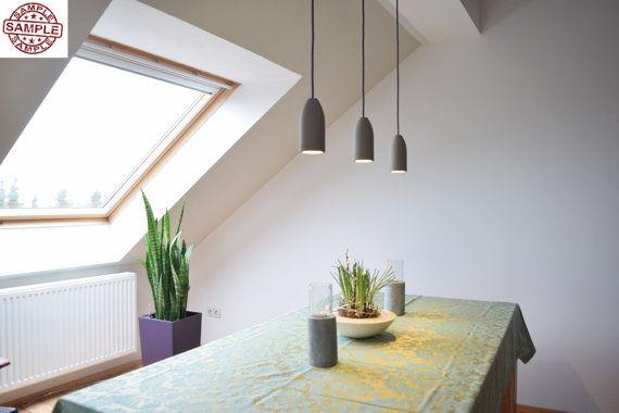 Betonlampe mit Textilkabel orange, 1,8 Meter (incl. gratis LED Strahler) ab 79,00€ komplett fertig zur sofortigen Benutzung. Lieferumfang: - Betonschirm - Textilkabel - LED Strahler und - Deckenhalterung (Deckenbaldachin chrom) Komplett vollständig zur sofortigen Benutzung. Der mitgelieferte LED-Strahler (E27 Fassung) spendet ein helles, warmweißes Licht. Mittels der Deckenhalterung lässt sich die Betonlampe unkompliziert an der Decke montieren. Abmessungen: - Höhe Betonschirm: 160 mm - ...