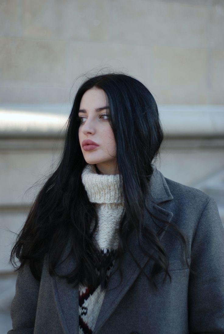 Isabel Marant pour H&M coat and knit, COS jeans, Zara boots, Mumu bag     Po pierwsze, moi kochani, życzę Wam wszystkim wes...