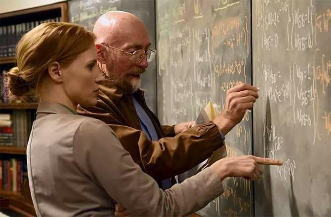Imagen del rodaje de interestelar, la actriz Jessica Chastain y el físico teórico Kip Thorne asistente científico y productor ejecutivo de la película.