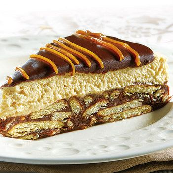 CHOCOLATE DULCE DE LECHE BISCUIT CAKE (chocolate, butter, cream, instant vanilla pudding)