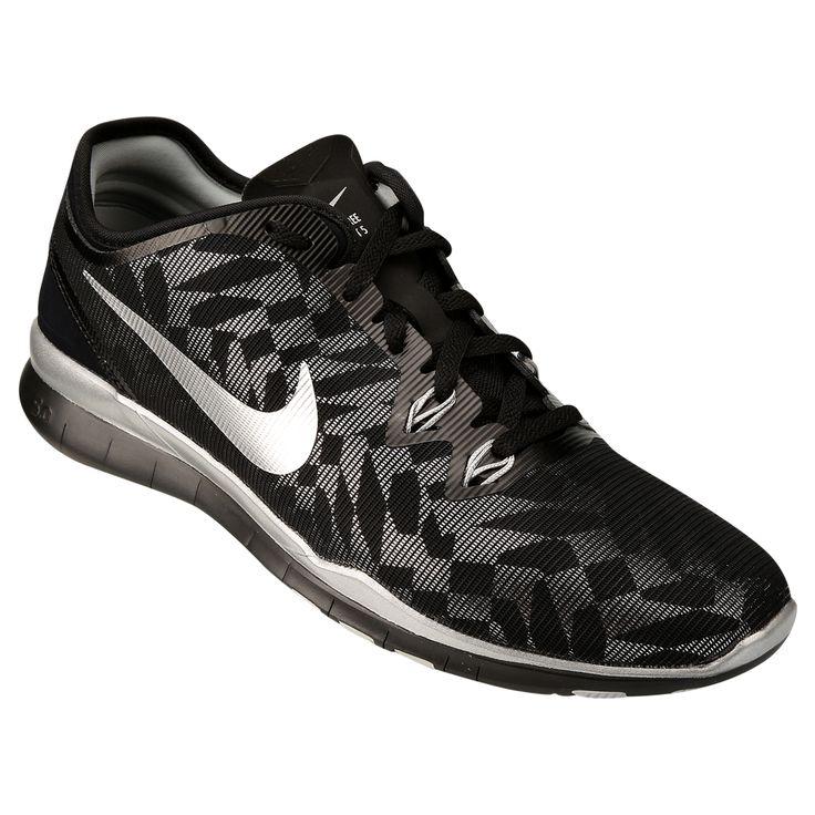 O Tênis Nike Free 5.0 Tr Fit 5 Mtlc Preto é desenvolvido para que os corredores tenham máximo conforto e naturalidade durante as corridas. Tem ótima respirabilidade e materiais resistentes. | Netshoes