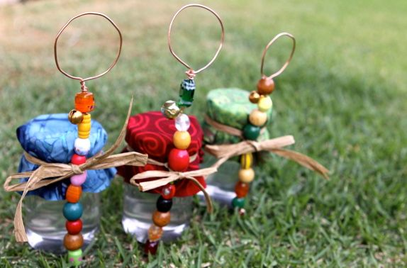 Blog post at Waldorf Moms : I was looking for inspiration for items to make for our Waldorf school's Waldorfaire, and so I stumbled onto