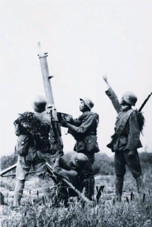 revolutionary war machine gun