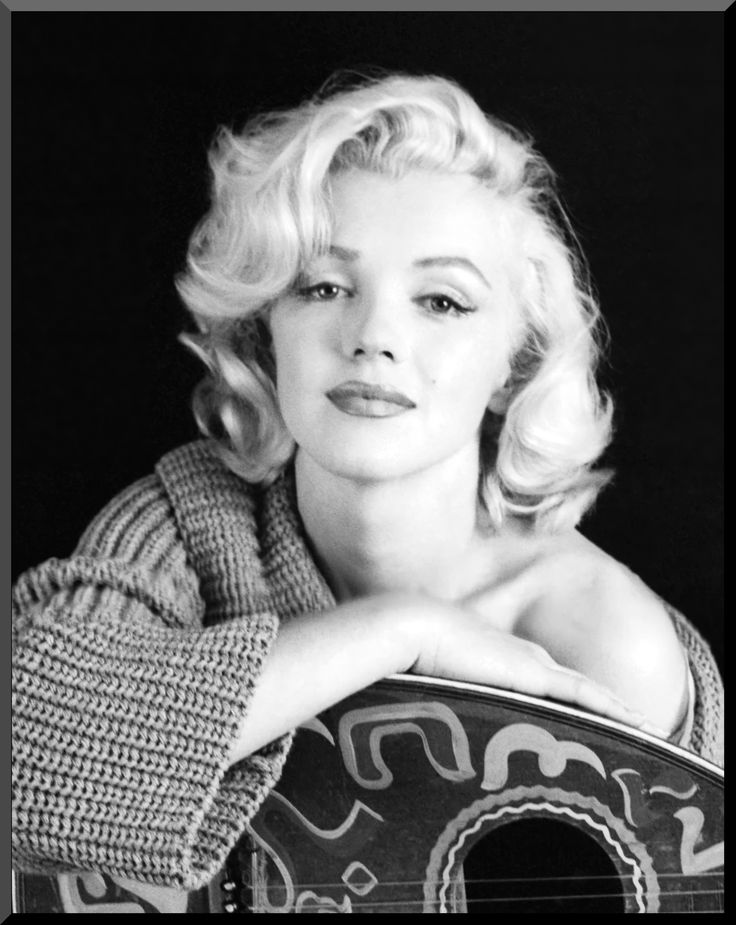 Marilyn Monroe- my favorite picture of her