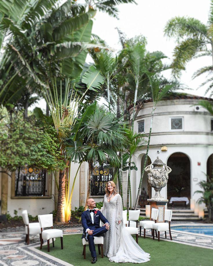 WEDDING PHOTOGRAPHY  THE VILLA CASA CASUARINA Lovely wedding at Versace Mansion Miami Beach Fl