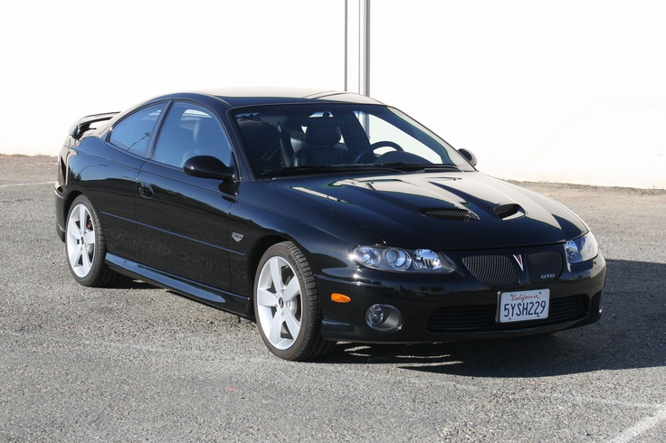 Black 2006 GTO similar to Mine!