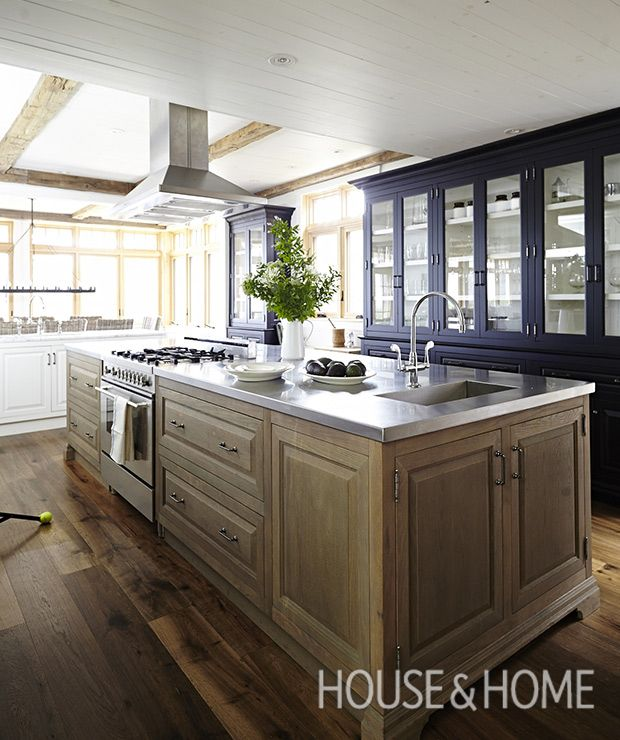 16 Traditional Kitchens With Timeless Appeal