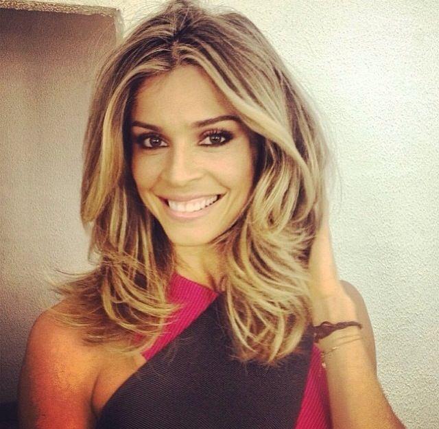 Dirty blond hair   Grazi Massafera