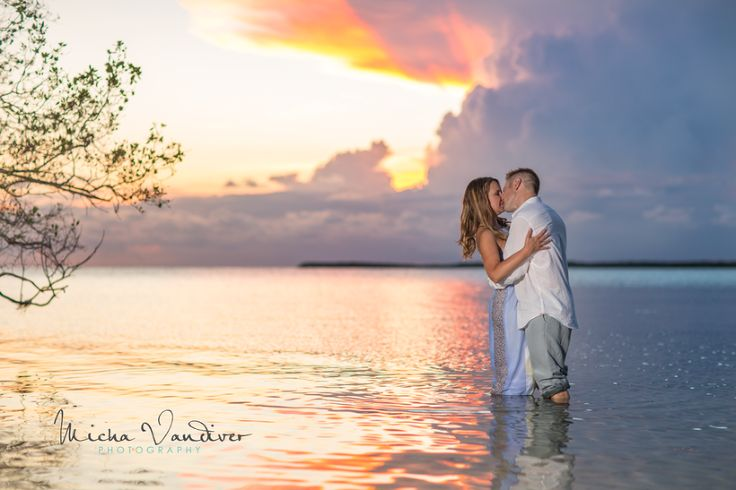 love summer sunsets on the bay! Florida Keys Style Engagement Session!