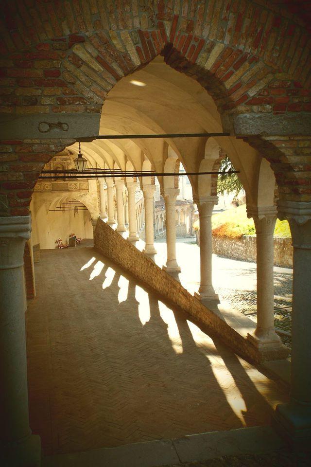 Stupefacente!  La salita del Castello di #Udine...sempre bella.https://www.facebook.com/photo.php?fbid=10203398358469554&set=gm.1572392786345503&type=1&theater …