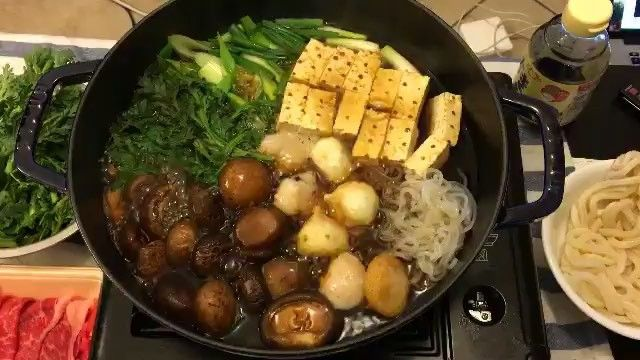 TAG Food Lovers-!  by @angiehu Homemade Japanese Sukiyaki, yummy! #hungrymary #streetfood #winterfood #mushroom #japanesefood #tofu #bestfood #두부 #shabushabu #foodvideo #626 #asianfood #tasty #instafood #eat #koreanfood #soup #hotpot #sukiyaki #sohungry #hotfood #eating #farmersmarket #전골 #foodgasm #foodporn #culinary #일식 #kitchen #cooking