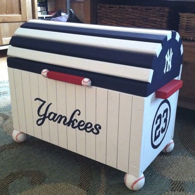 Hand Painted Toy Chest | Hand-painted Yankees toy chest