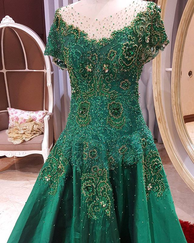 Mother of the groom   #askyfebrianti #gown