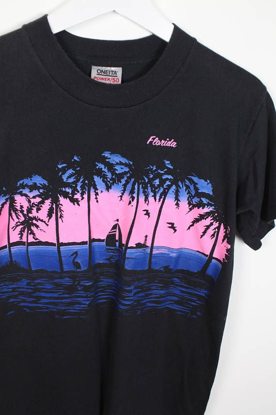 Vintage 80s Tshirt Black Blue Neon Pink Florida Screen Print 1980s T Shirt Novelty Print Palm Tree Sunset FL Vacation Tee S Small M Medium #1980s #80s #etsy #vintage #tshirt #tee #shirt #t #florida #fl #sunset #screen #novelty #print