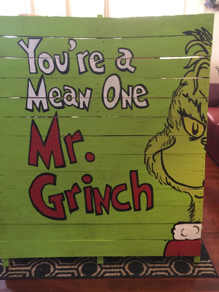 Christmas Grinch painted pallet to use as yard art/decorations.