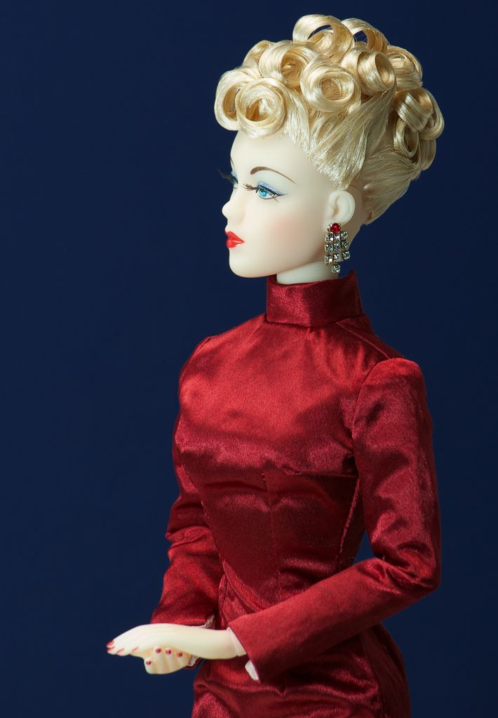 The Studio Commissary: My Favorite Doll of 2013? Photos clues inside...
