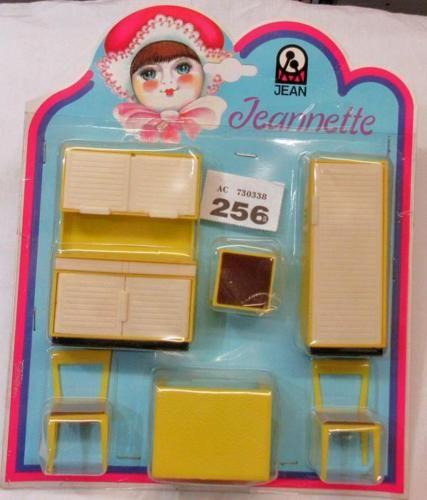 W256-Jeannette-Jeanette-Germany-yellow-kitchen-set-MOC-1-16-scale