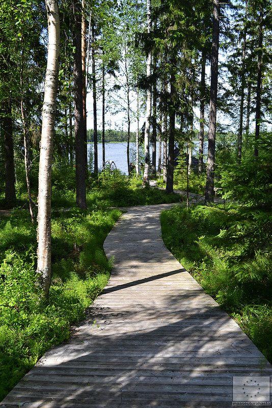 Jääskän Loma; Haarusjärvi, Finland © Saana Kormano, 2013