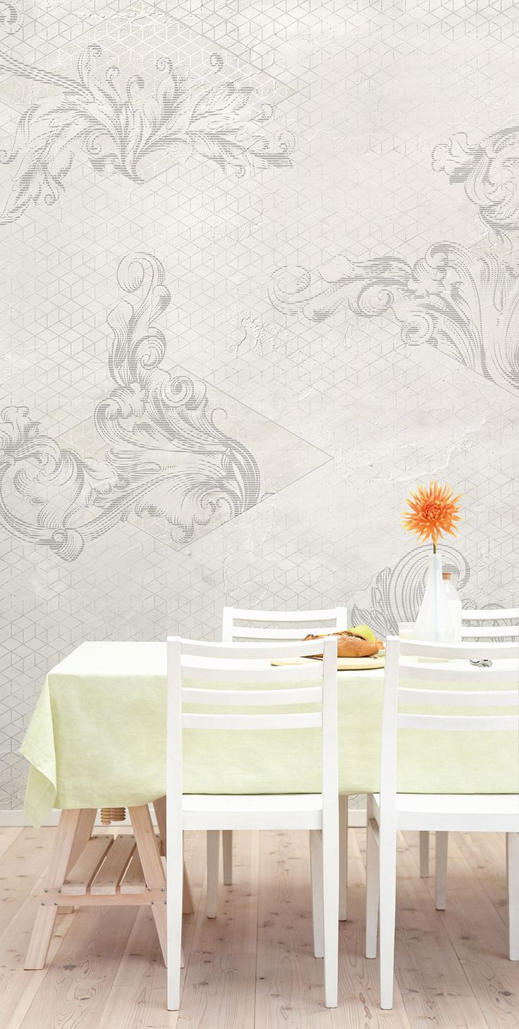Classic wallpaper with leaves and curls in a simple and bright dining room. Light is the keyword.  #Percy #Tecnografica #wallpaper #cartadaparati