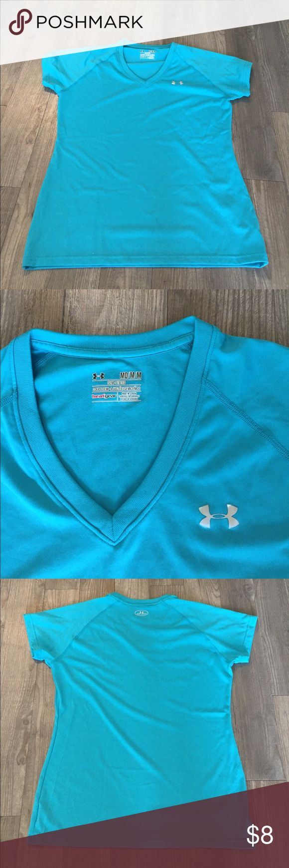 Under Armoir DRI fit tee Under Armour Dri Fit T shirt worn only a couple of times! Under Armour Tops Tees - Short Sleeve