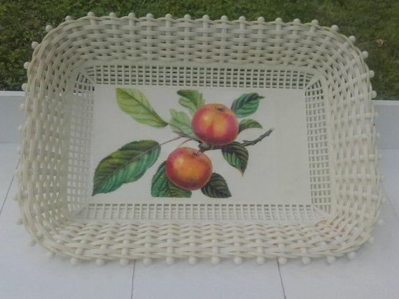 Vintage Panier plastique tressé à fruits ou par LaMachineaBrocantes