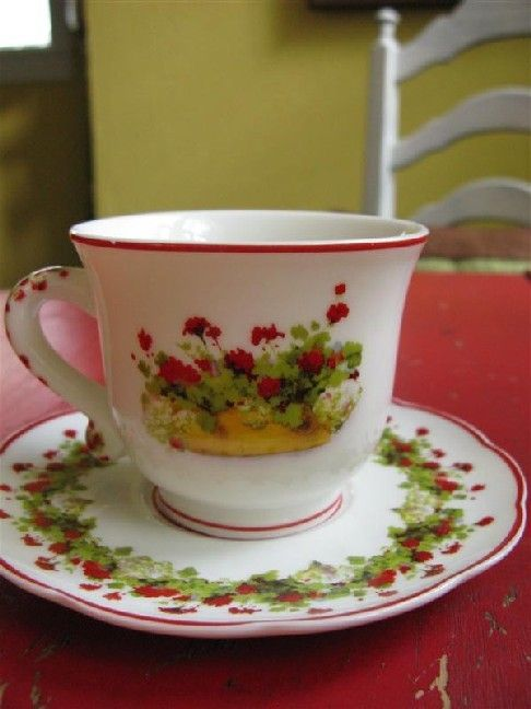 Love this sweet teacup (from Dear Daisy Cottage)