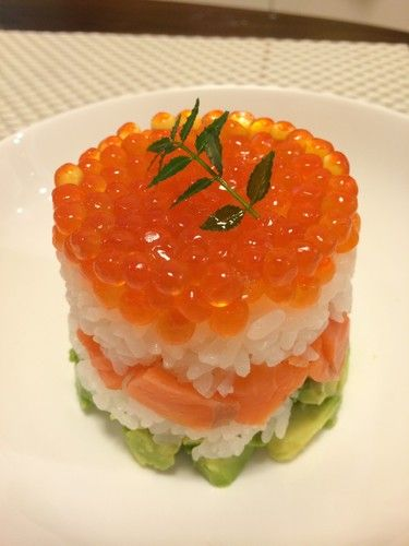 Easy Doll Festival ☆ Salmon Caviar and Avocado Sushi Cake                                                                                                                                                                                 More