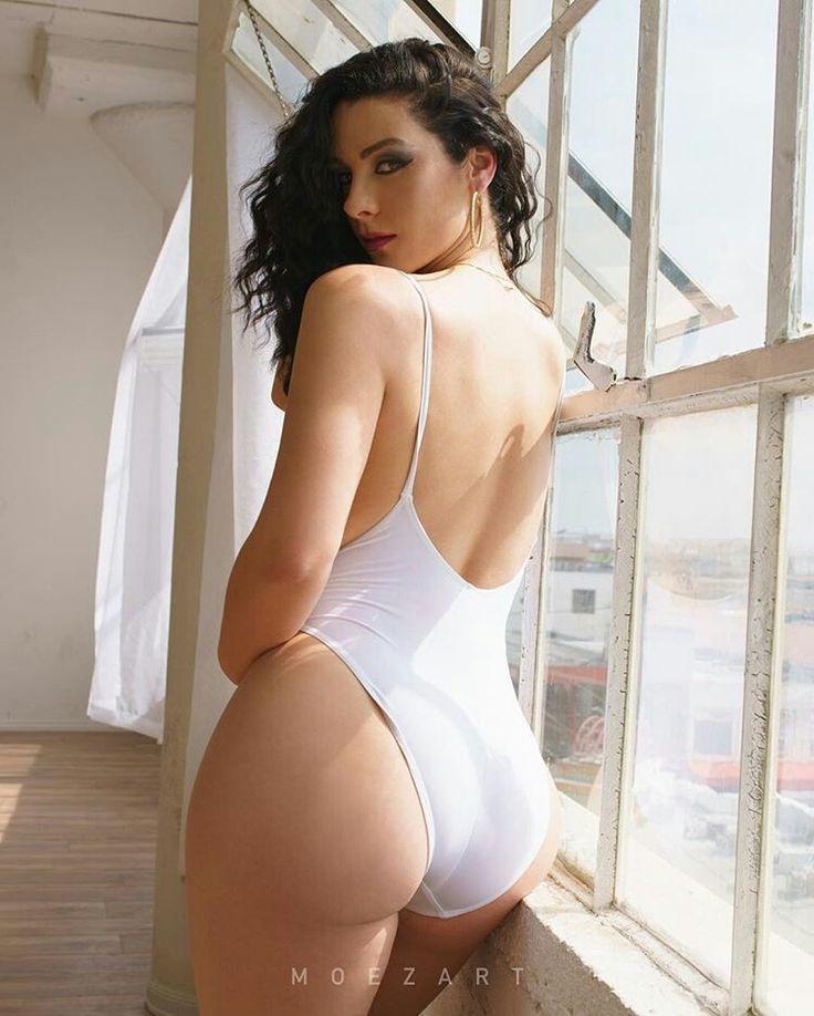 public-flaunters-nude