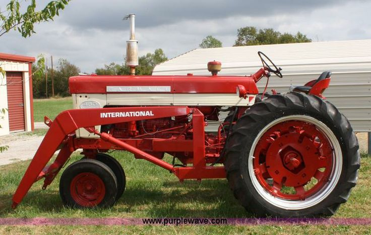Farmall Tractor With Loader : Best images about tractors ih on pinterest john