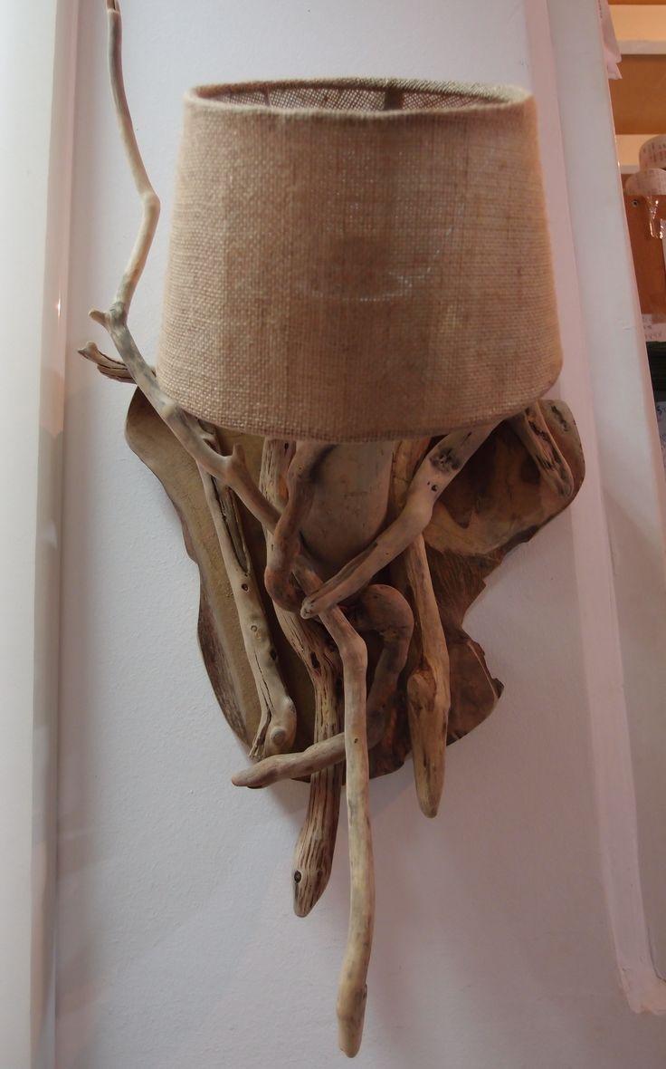 τηλ..6976773699..φωτιστικό τοίχου από θαλασσοξυλα με καπέλο λινάτσας..50Χ30 CM...