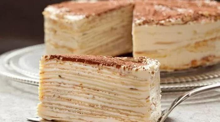 Такая вкуснотища прекрасный вариант на семейное застолье, его вкус заставит Вас взять еще один кусочек. Мы расскажем Вам, как правильно приготовить такое чудо. Ингредиенты рассчитаны на торт, радиус...