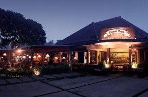 Tempat Wisata Kuliner di Bandung - Roemah Nenek Resto Cafe