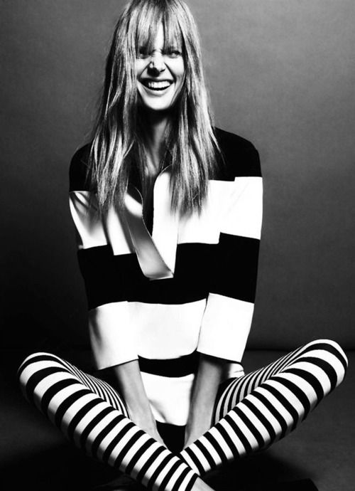 : Fashion Shoes, Fashion Models, Style, Black And White, Black White, Girls Fashion, Stripes, Girls Shoes, Summer Clothing