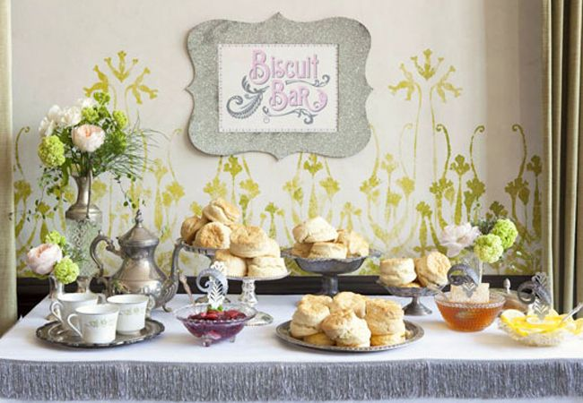 Southern biscuit bar | ALowCountryWedding.blogspot.com