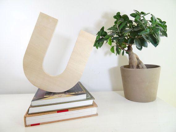 Grosses Lettres Décoratives épaisses en bois par DesChosesEnBois